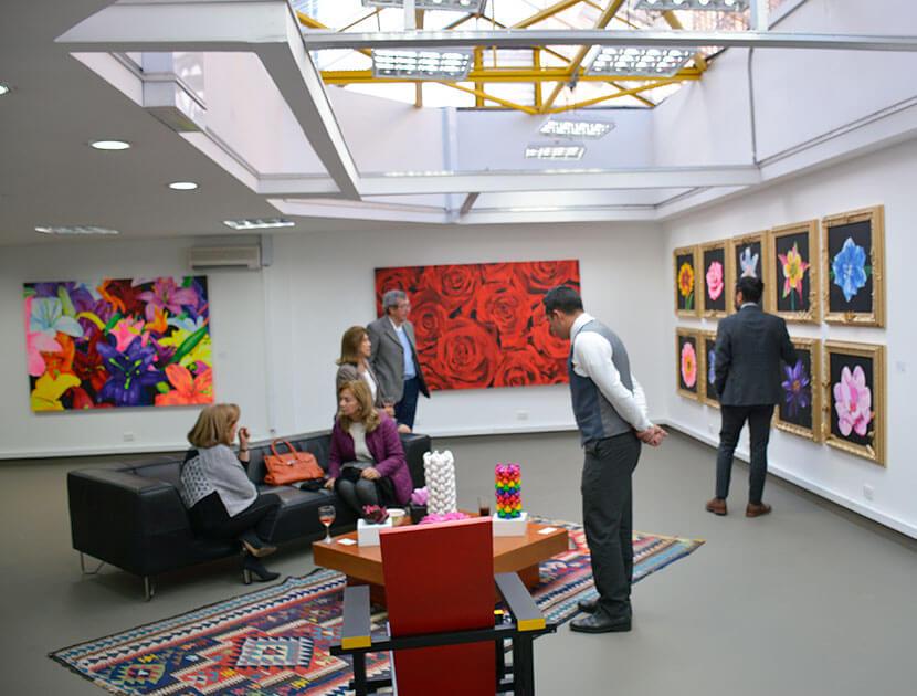 Exhibiciones de obras de arte Piedad Tarazona, artista colombiana